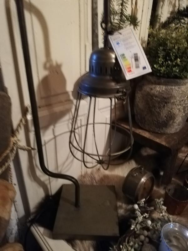Stoere industriële tafel lamp
