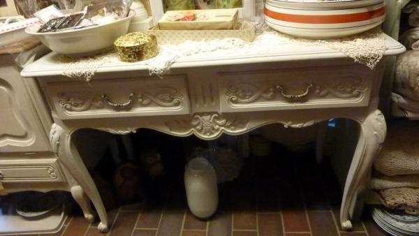 T hebbedingske meubeltjes queen ann tafel